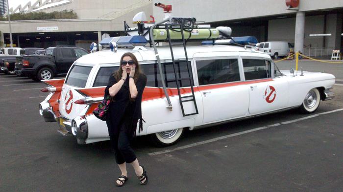 Carmen De Luccia & Ghostbusters Ecto-1