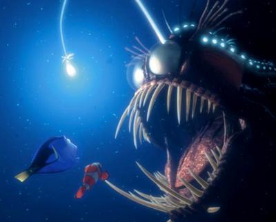 finding_nemo_dory_marlin_angler_fish
