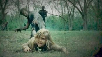 the-walking-dead-4-mika-uccisa-sua-sorella