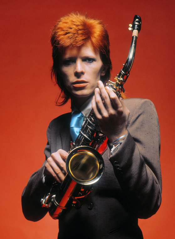 DAVID-BOWIE-SAXOPHONE-1973-1-C32748