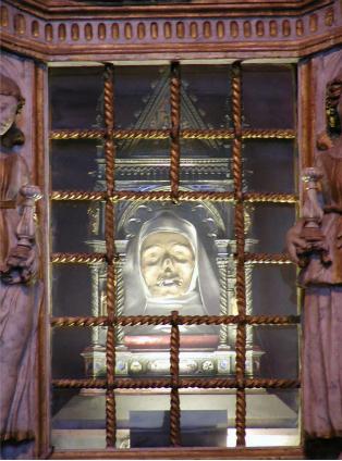 Head of Catherine of Sica