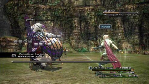 Lightning fights a Rakshasa from Final Fantasy XIII.